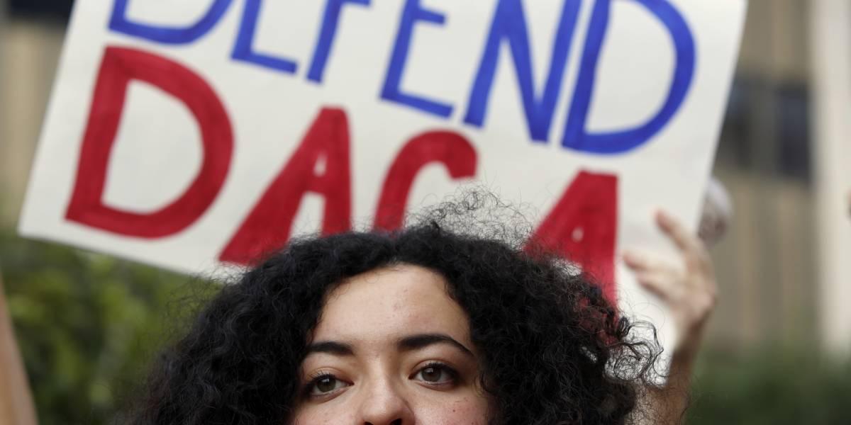 Demócratas piden a Trump que ceda en su postura migratoria