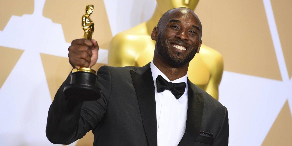 Crack en todos lados: Kobe Bryant sumó un Oscar a su larga lista de premios
