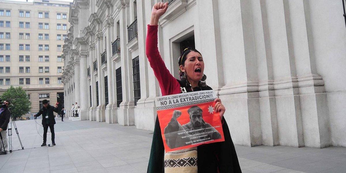Graves incidentes en Bariloche luego que justicia argentina extraditara a Chile al comunero mapuche Facundo Jones Huala