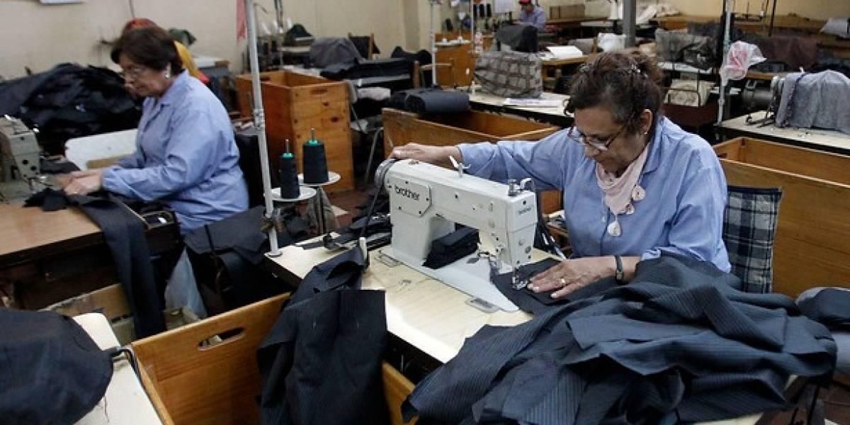 Sólo un 48,5% de las mujeres participa en el mercado laboral — INE