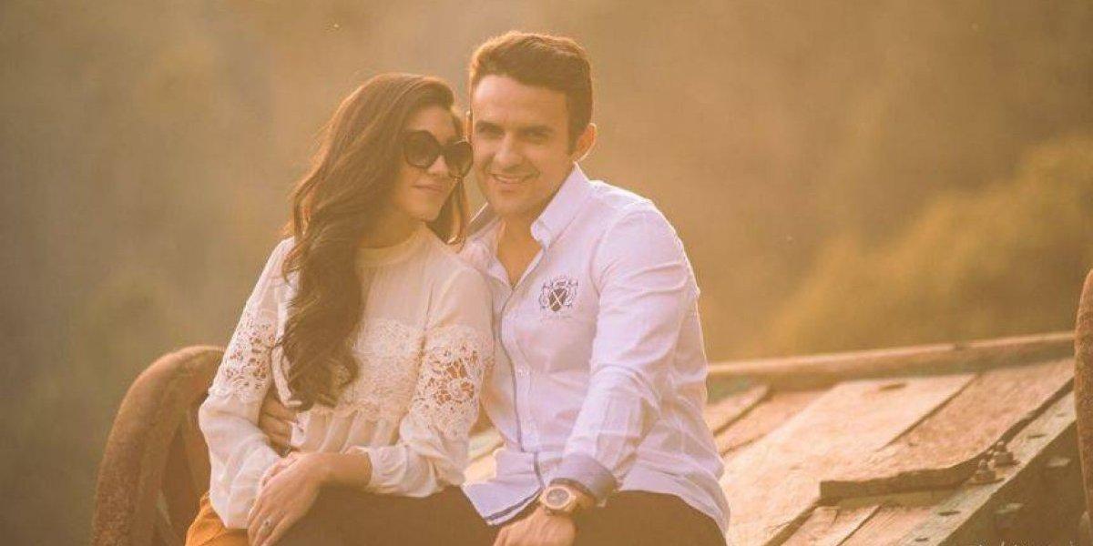 Carlos Peña publica el mensaje más romántico por el cumpleaños de su esposa