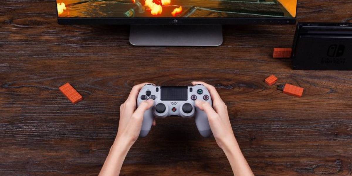 Este adaptador permite usar el control de PS4 en la Nintendo Switch