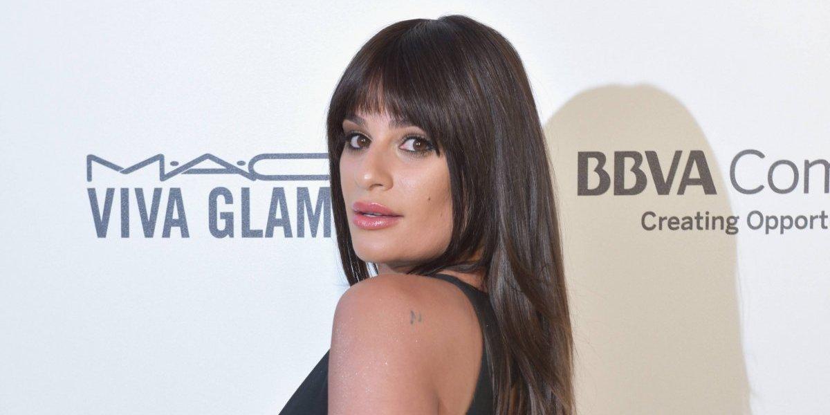 Lea Michele es traicionada por su escote y enseña de más