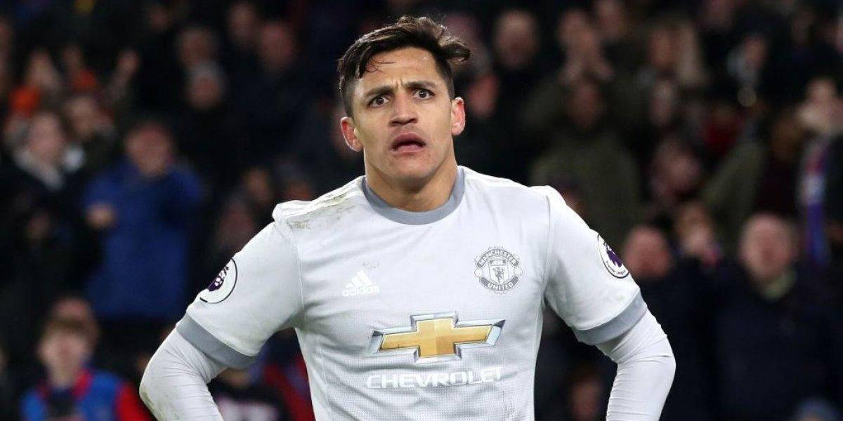 La adaptación de Alexis tarda: la comparación de sus inicios en Arsenal y Manchester United