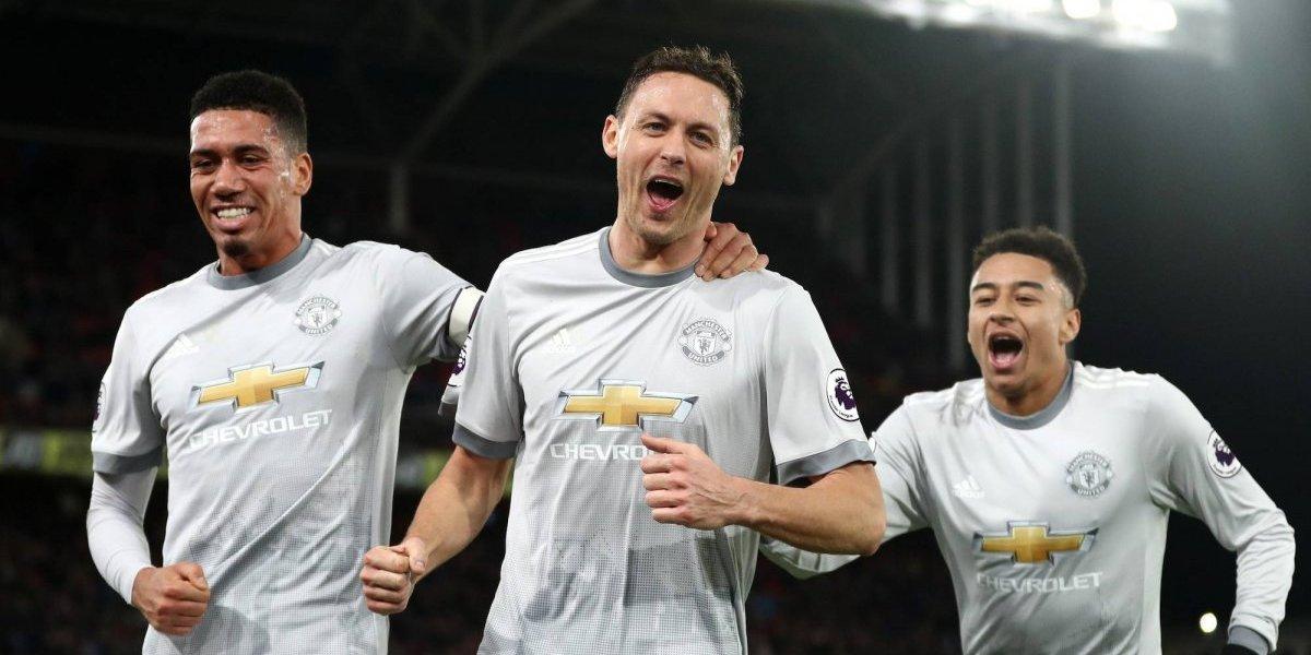 El United remonta en la adición y es segundo de la Premier