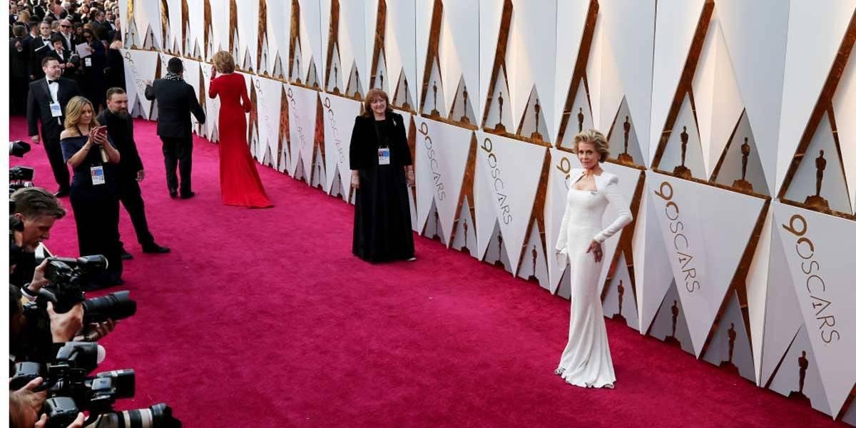 Oscar 2018: Aos 80 anos, Jane Fonda mostra que seu estilo continua intacto