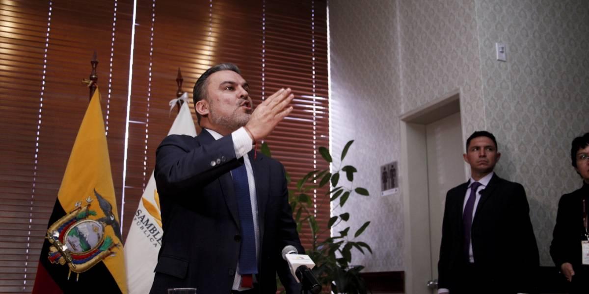 Serrano no acudió a la Fiscalía para dar su versión sobre audios con Pólit