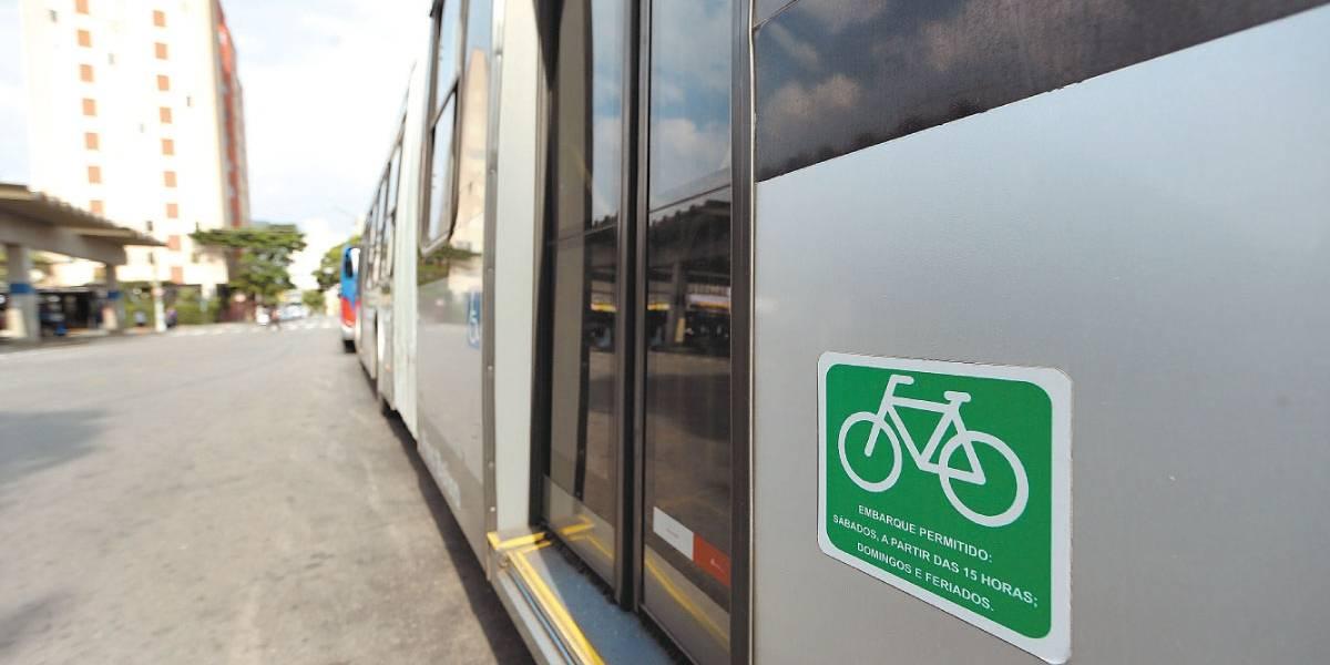 Bicicleta é permitida em 28 trajetos de ônibus em São Paulo