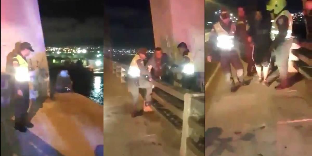 Se iba lanzar del Puente Pumarejo para quitarse la vida en Barranquilla