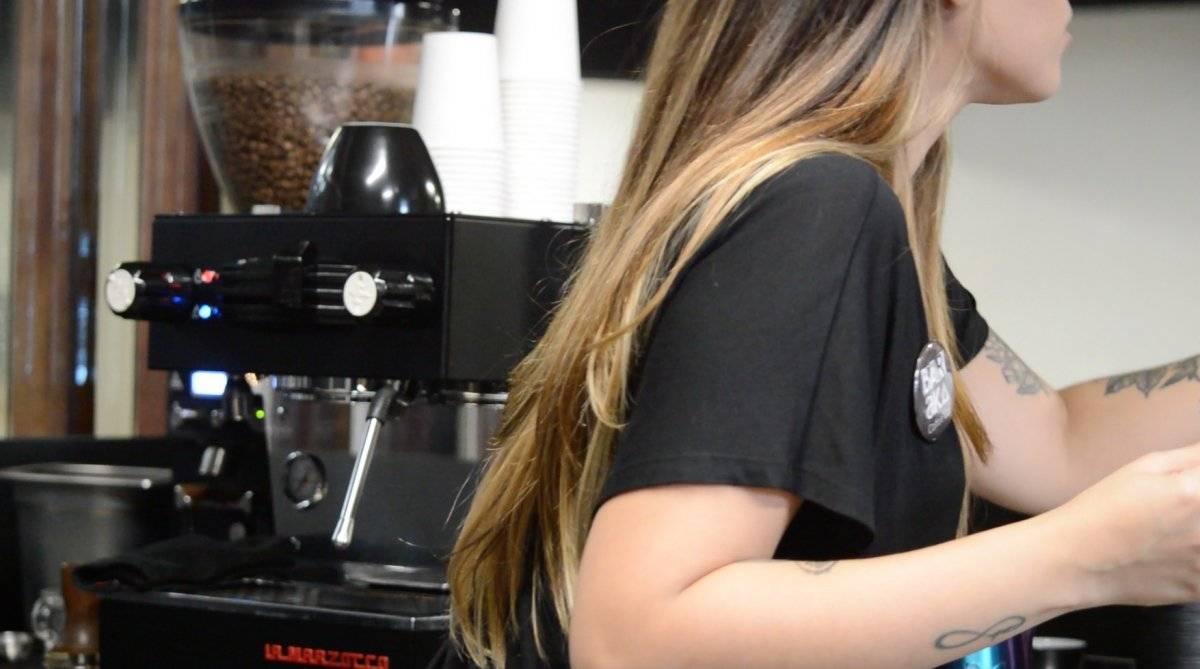 (La leche es esencial en el latte art/ Foto por Perla Alessandra Hernández)