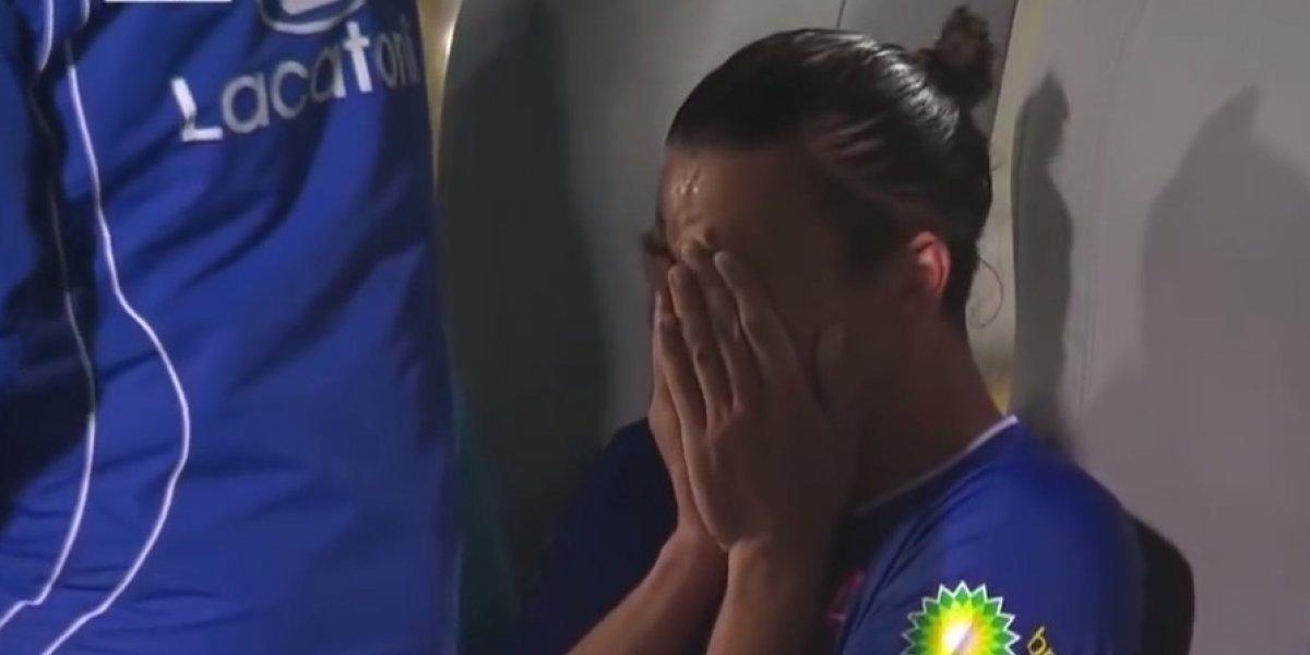 Futbolista abandonó juego al enterarse de la muerte de Astori