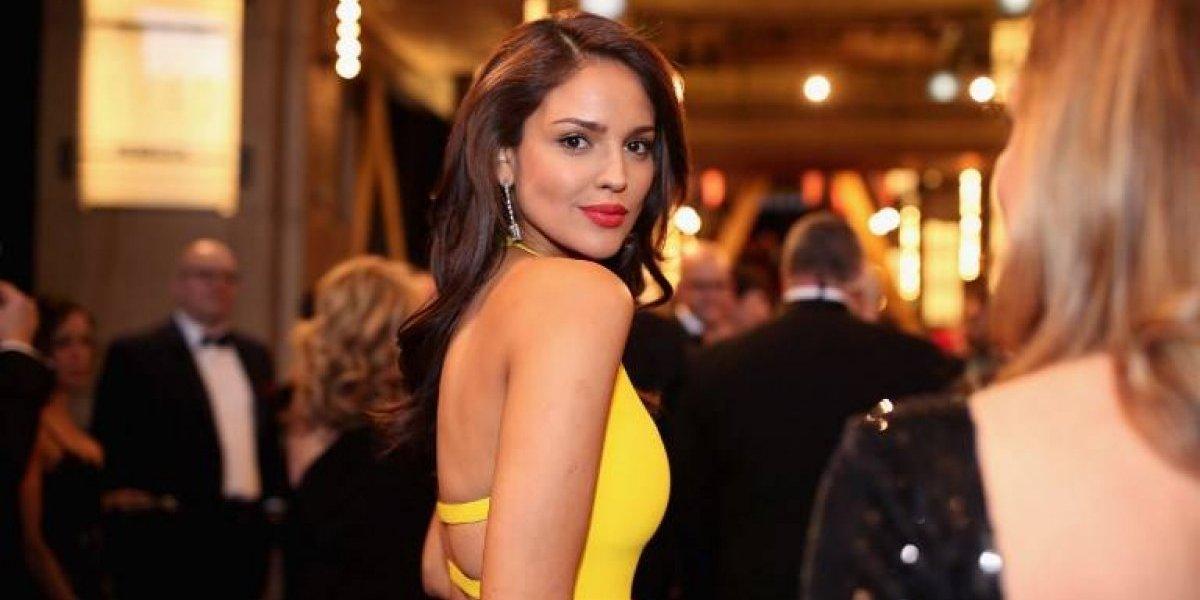 Eiza González confiesa la verdad detrás del vestido amarillo en los Oscar