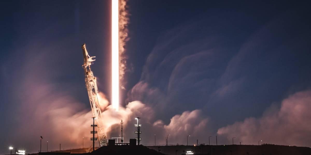 Lanzamiento histórico de SpaceX pone en órbita al sátelite español Hispasat 30W-6