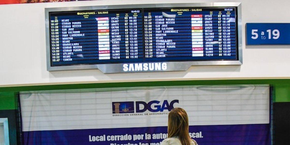 Más de 100 pantallas nuevas guiarán a los turistas en el Aeropuerto La Aurora