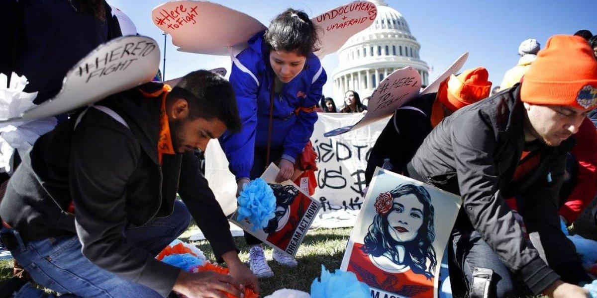 Republicano propone votación para prorrogar DACA