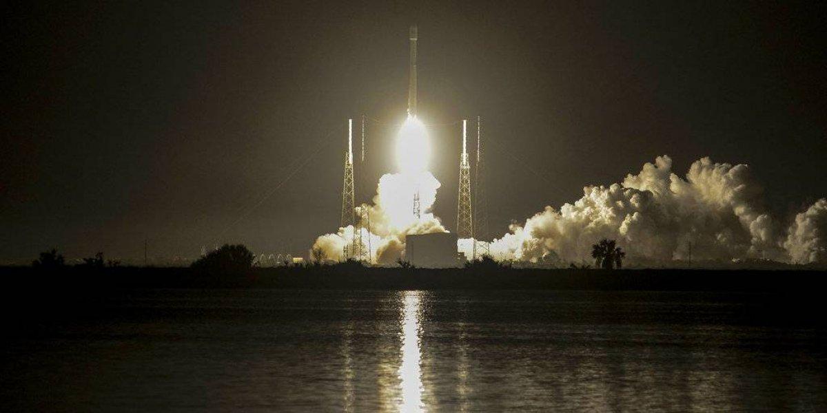 SpaceX celebra 50mo lanzamiento de cohete Falcon 9