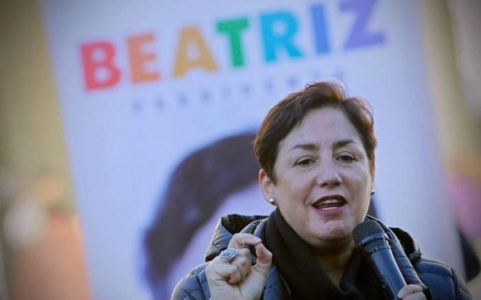 beatriz700x437.jpg