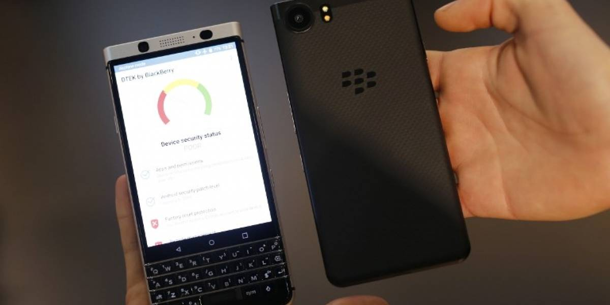 BlackBerry demanda a Facebook por violación de patentes