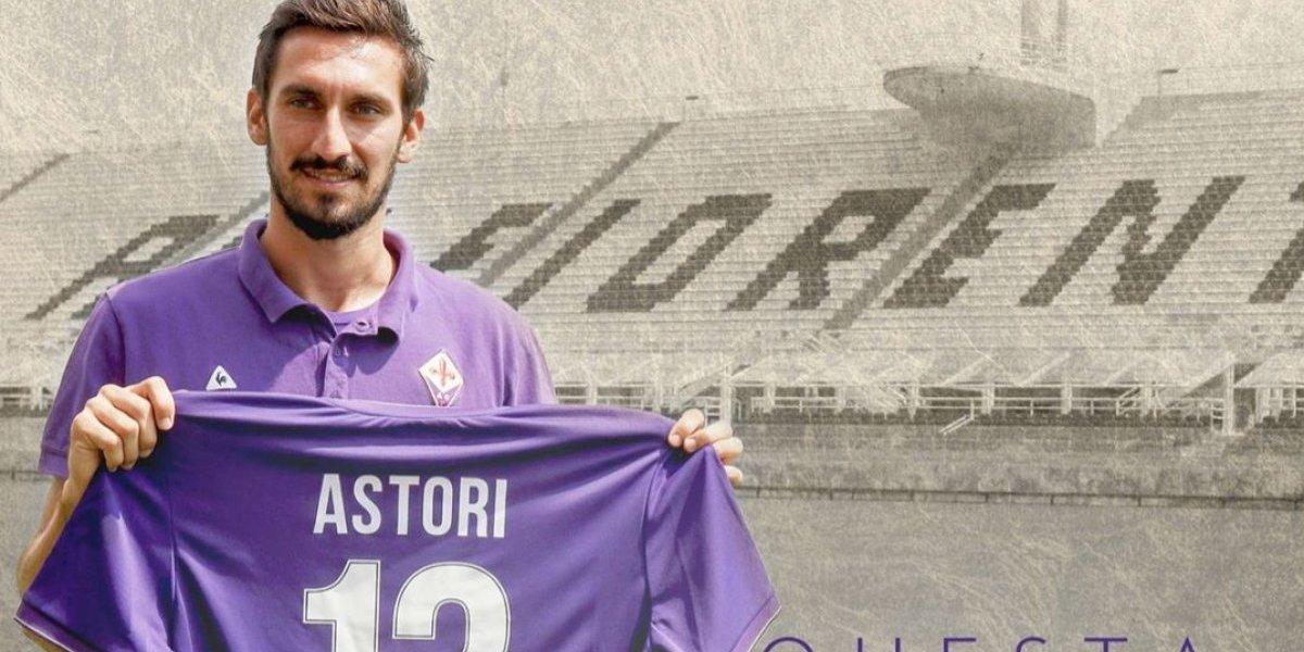 Fiorentina y Cagliari retiran el número 13 en honor a Davide Astori