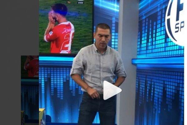 Baile de Víctor Aristizabal en FOX Sports Radio