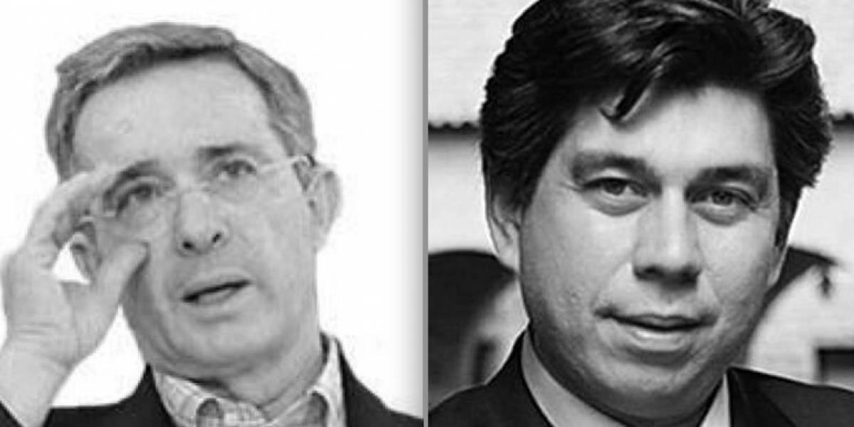 Tribunal de Bogotá ordena a Uribe a retractarse por trino contra Daniel Coronell