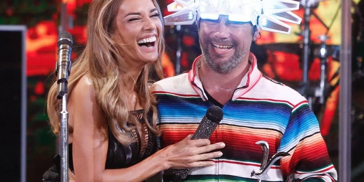 """""""Ni cagan..."""": La respuesta de Carola de Moras luego que el vocalista de Jamiroquai la invitara a su camarín en Viña 2018"""