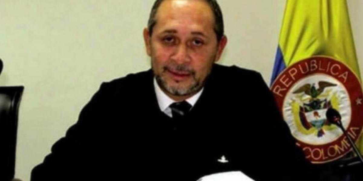 Exmagistrado acusado de guerrillero por Álvaro Uribe denuncia amenazas