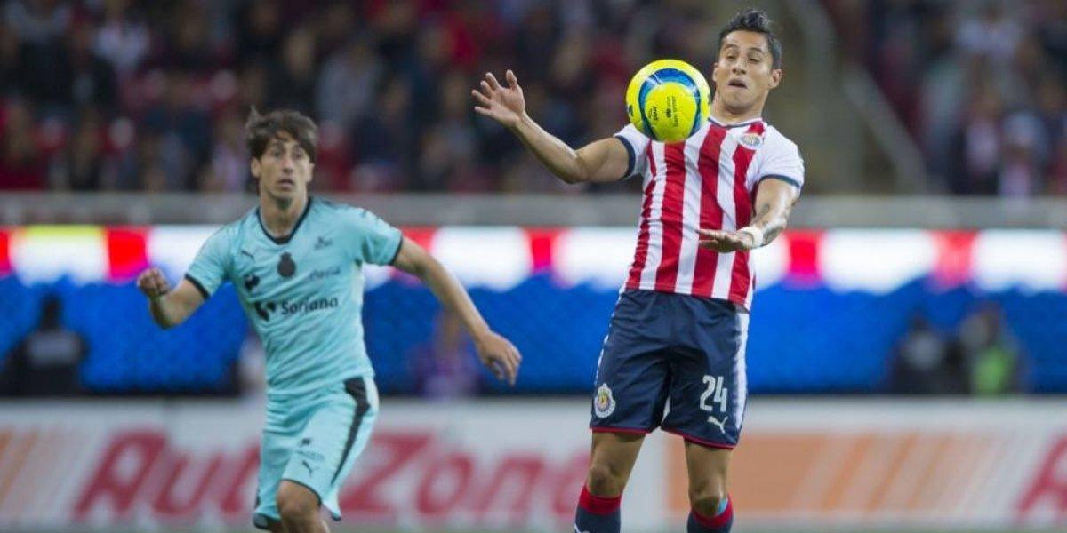 Carlos Cisneros reconoce no estar en su mejor nivel con Chivas