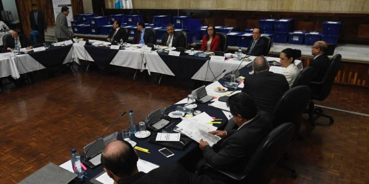 Los diez primeros aspirantes a fiscal general que serán entrevistados