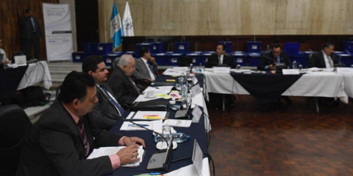 Diez aspirantes a Fiscal General quedan excluidos del proceso de elección