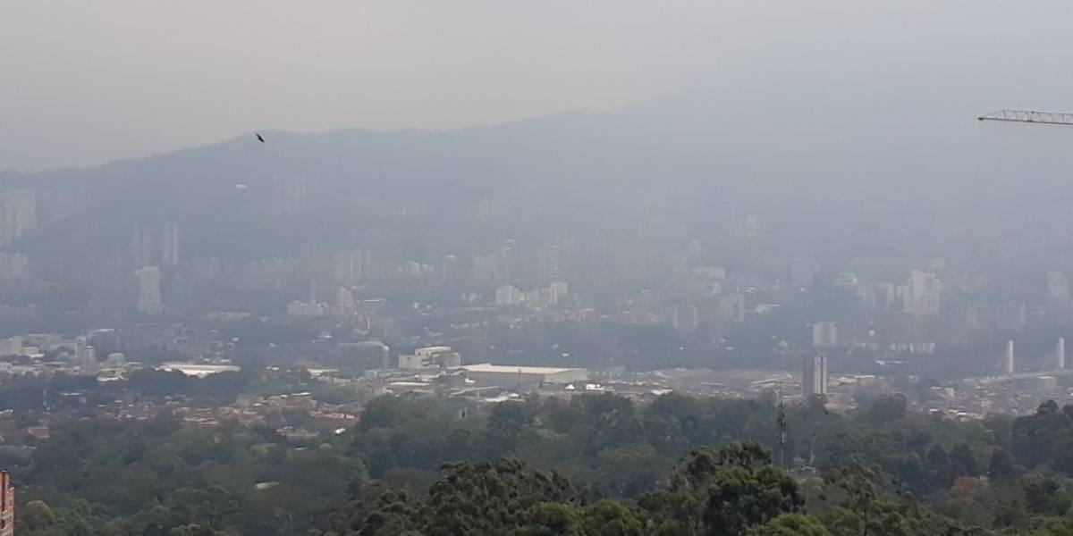Quema de basuras en Venezuela estaría afectado el aire colombiano