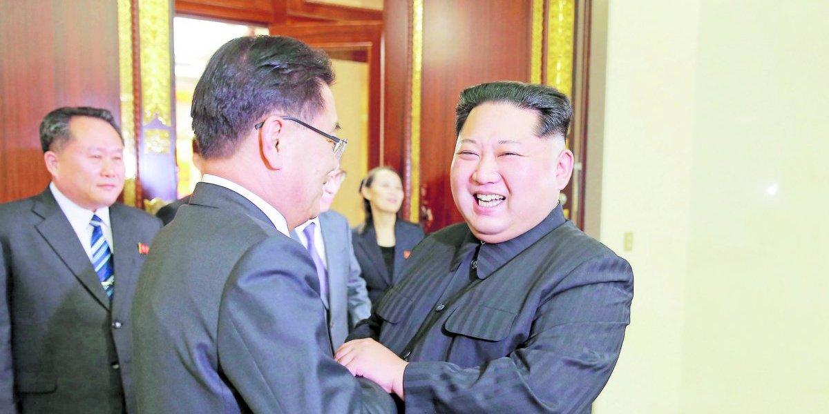 Kim y Trump cada vez más  lejos del botón rojo gracias a Seúl