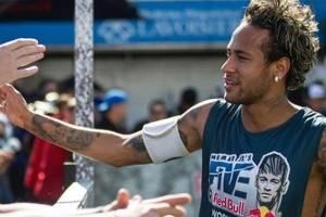 https://www.metrojornal.com.br/celebridades/2018/03/17/ousado-vem-ver-o-novo-visual-de-neymar.html