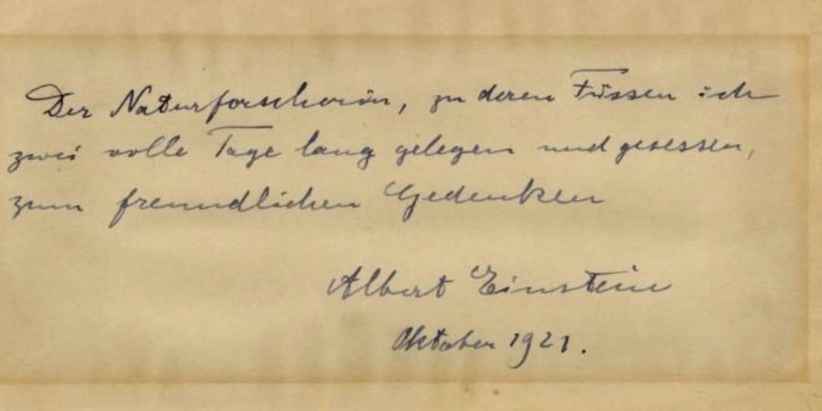 Subastan nota manuscrita de Einstein en Jerusalén