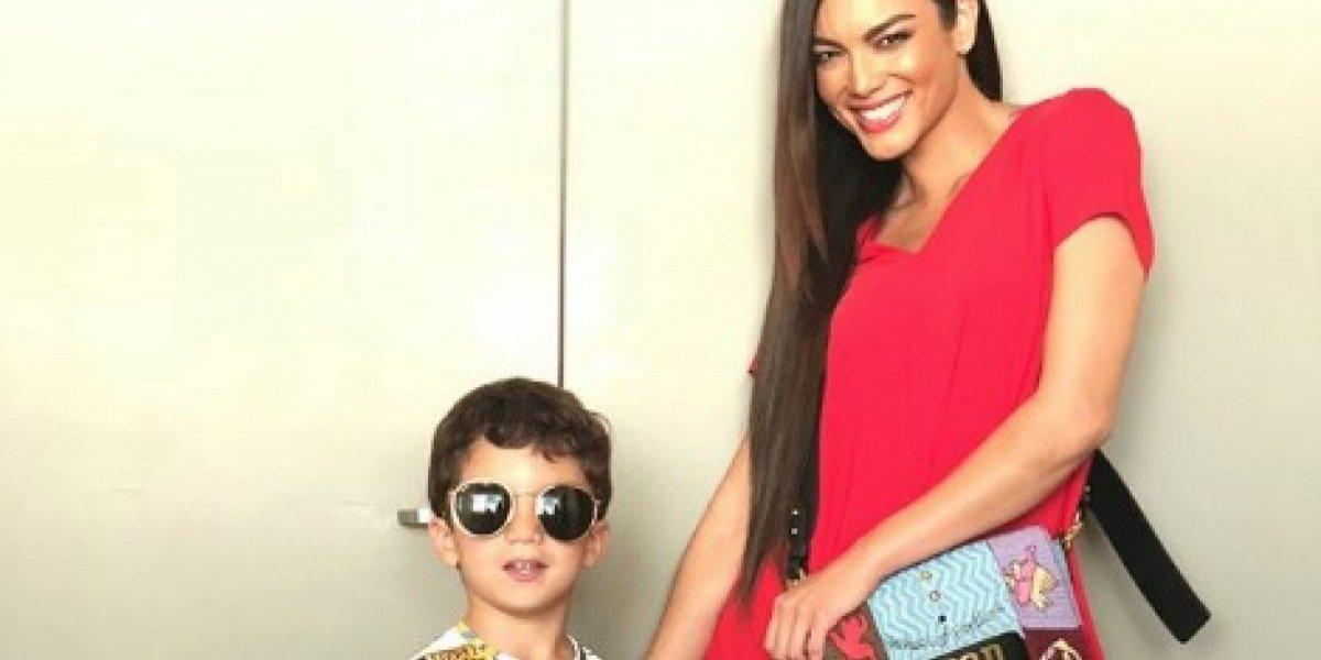 Sebastián José acompaña a su madre a trabajar
