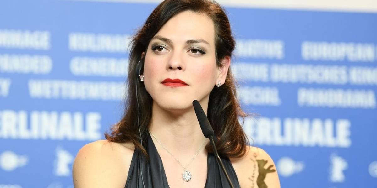 Prefeitura chilena desiste de entregar prêmio a atriz trans de filme ganhador do Oscar