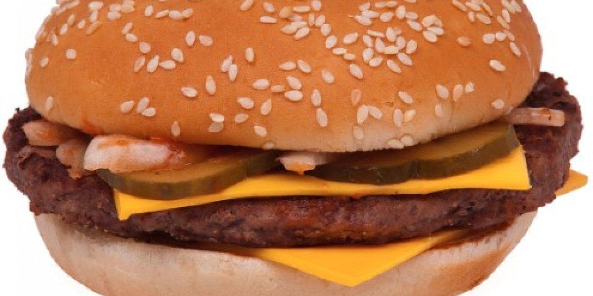 """Aunque usted no lo crea: Mc Donalds anunció que algunas hamburguesas tendrán """"carne fresca"""""""