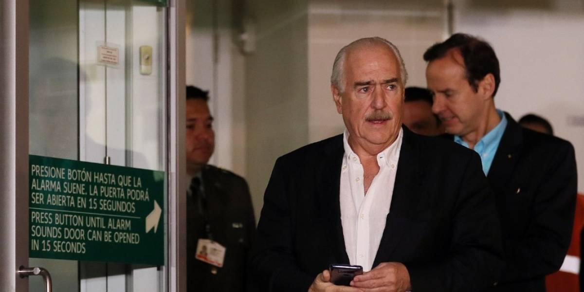 Pastrana dice que no recibió aviso por escrito que le negara entrada a Cuba