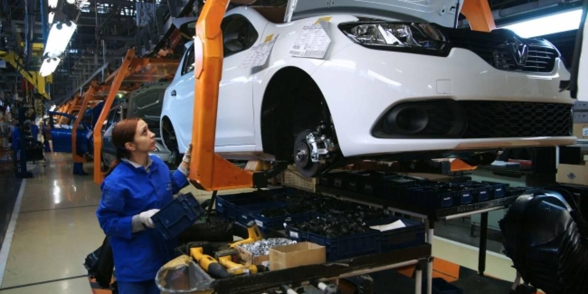 México registra récord de producción de autos en febrero