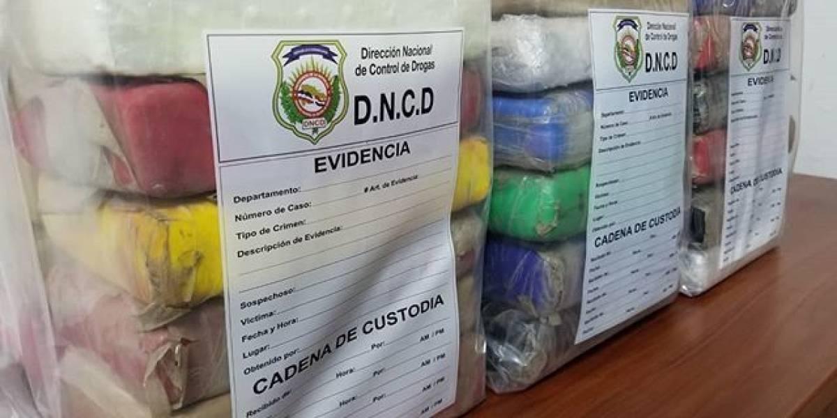 DNCD ocupa 37 paquetes de droga en el ensanche Evaristo Morales