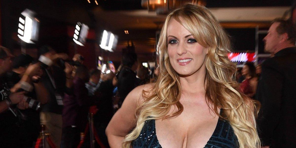 Actriz porno Stormy Daniels busca contar detalles de su relación con Trump