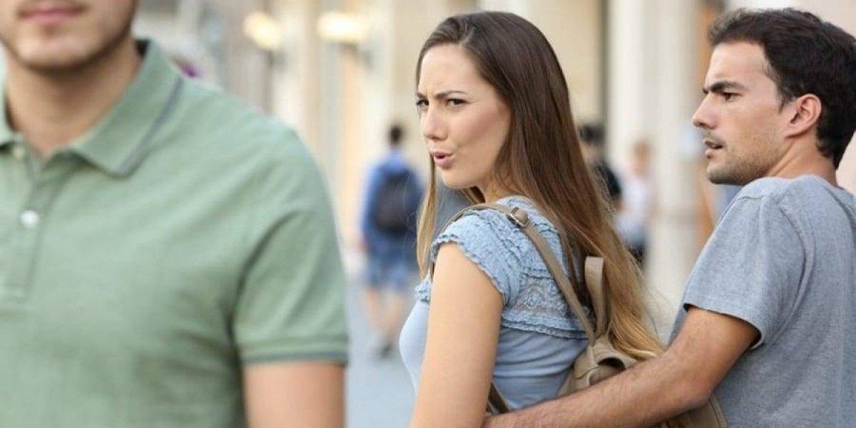Pesquisa revela quais profissões possuem mais homens e mulheres infiéis