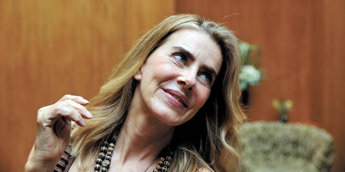Maitê Proença questiona feministas, mas concorda que situação precisa mudar