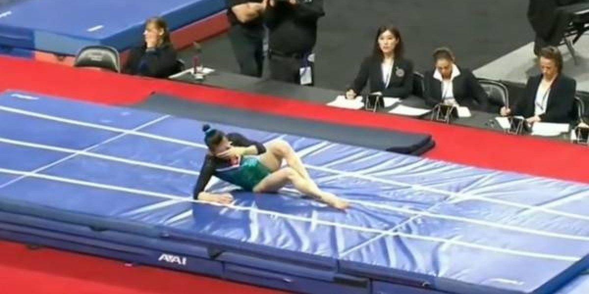 Gimnasta se fractura el fémur en plena competencia