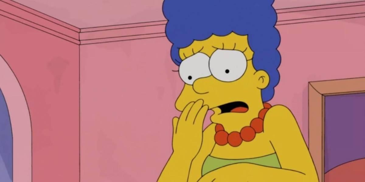 """Senadora rusa se vuelve viral por su particular peinado: es """"igualito"""" al de Marge Simpson"""