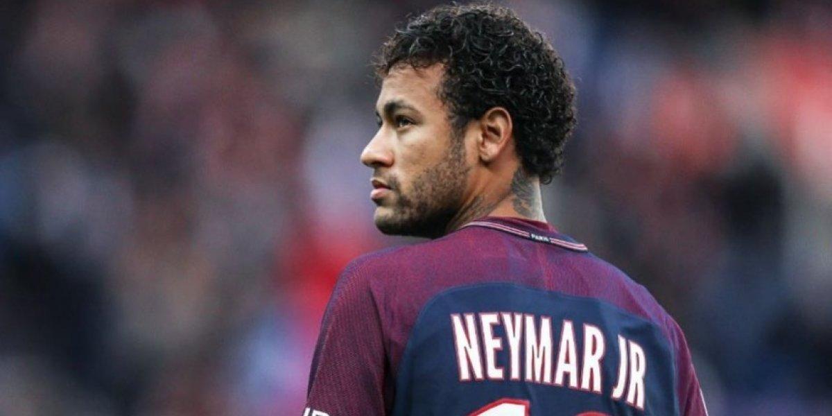 Neymar felicita al PSG y a Dani Alves por conquistar Copa de la Liga francesa
