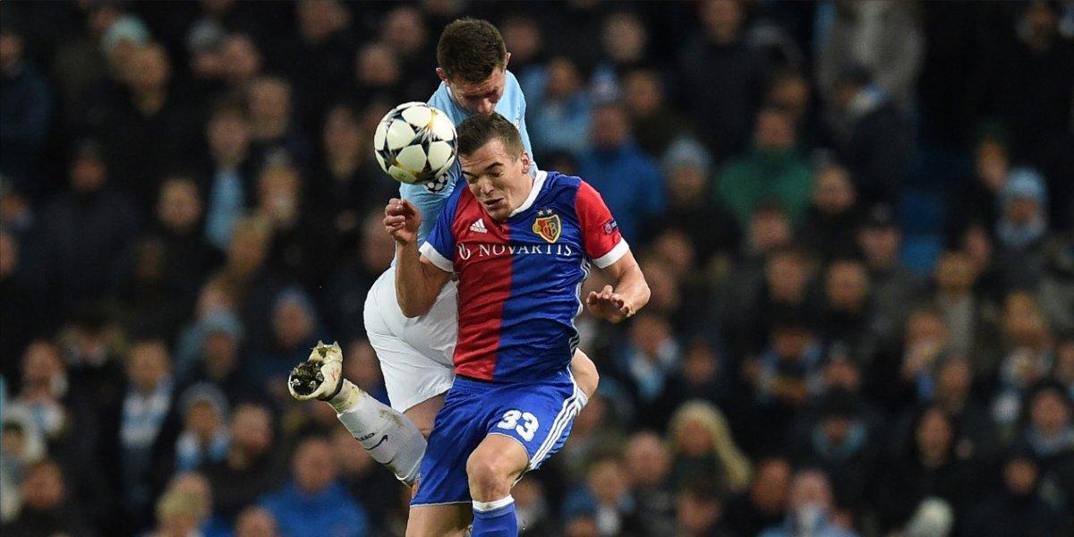 El City de Pep Guardiola pierde en casa pero se clasifica a los cuartos de final
