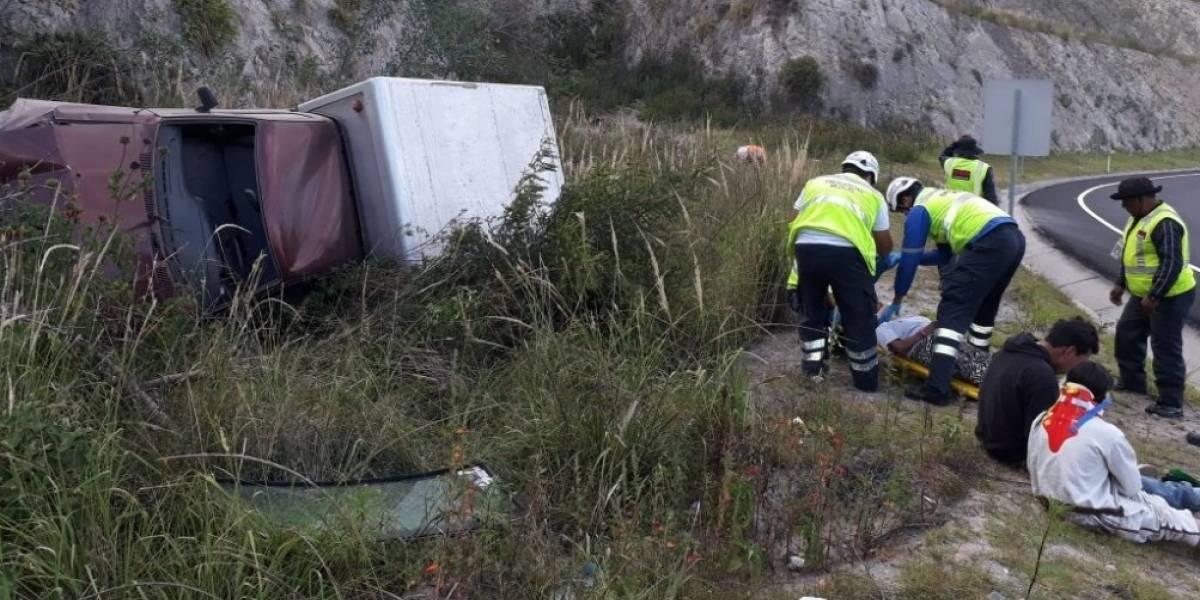 Quito: Tres heridos tras accidente de tránsito