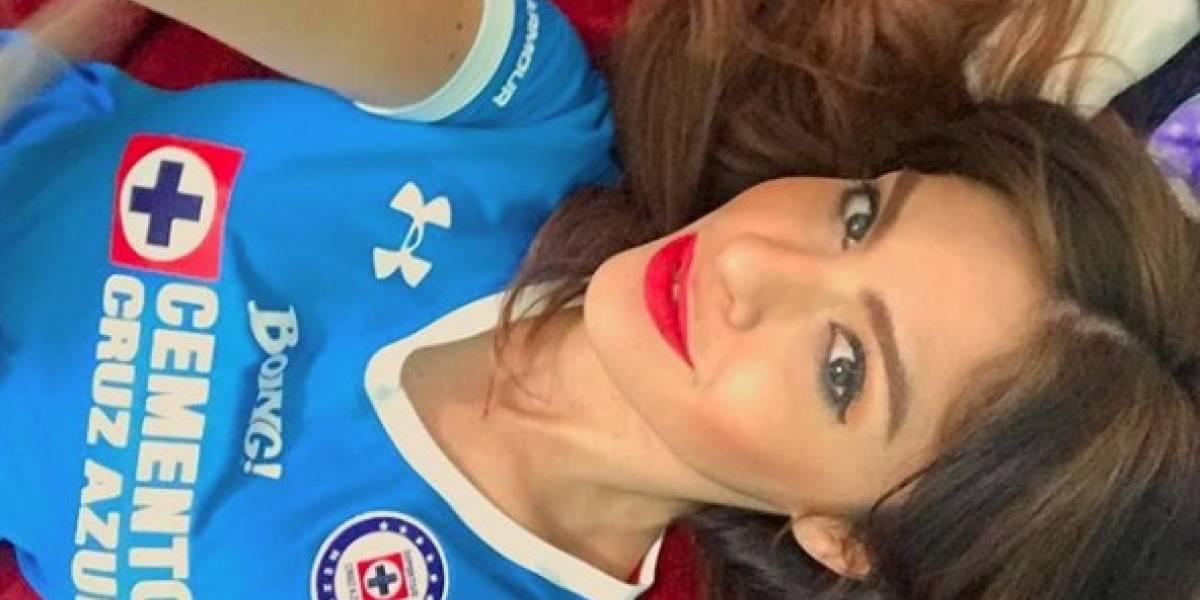 FOTOS: Conoce a Blanca Ríos, hermosa aficionada del Cruz Azul