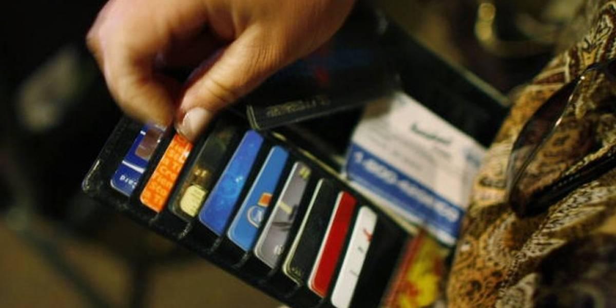 ¡Buena noticia! Cámara eliminó las cuota de manejo de las tarjetas; falta el Senado